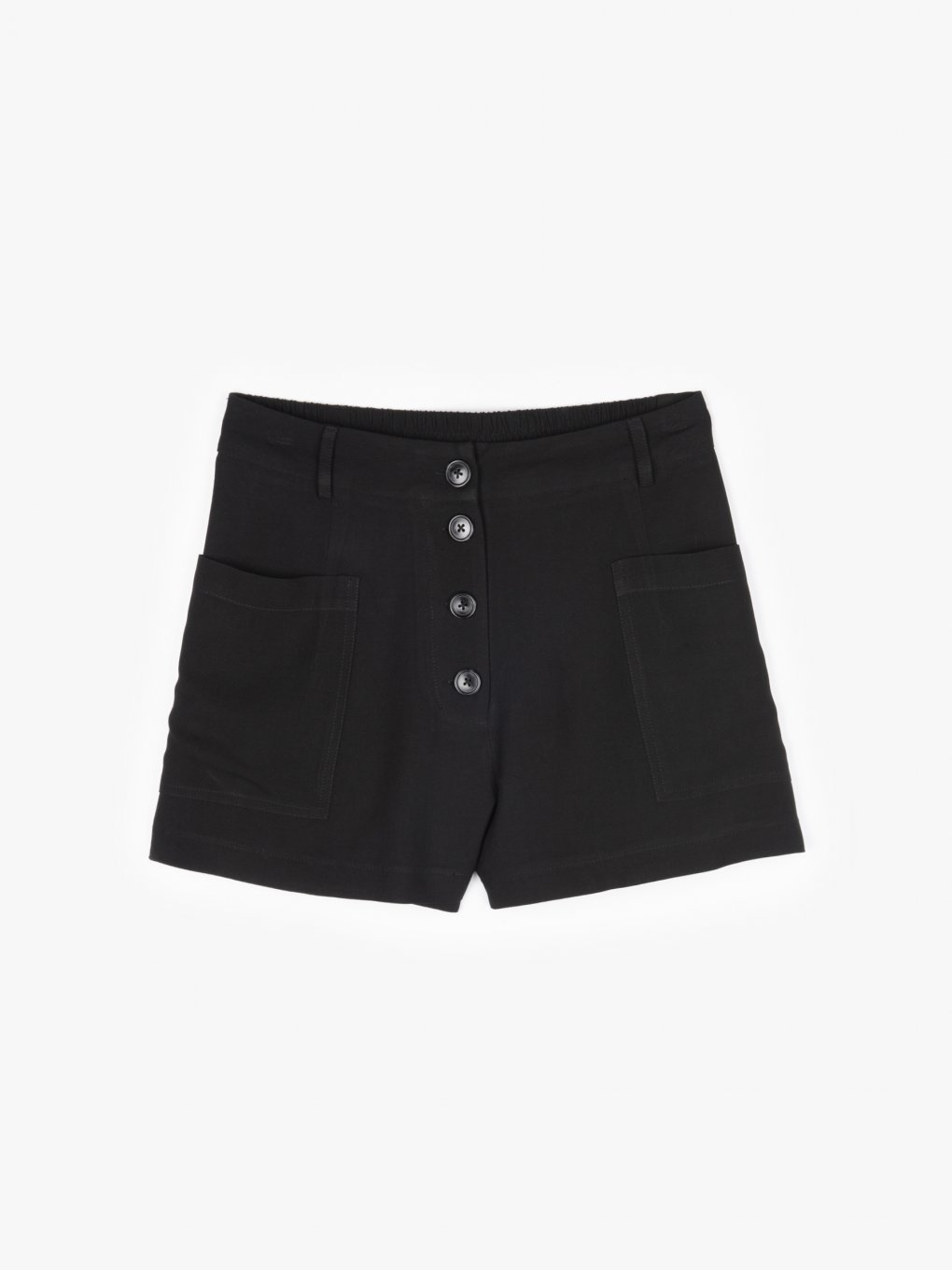Shorts with pockets