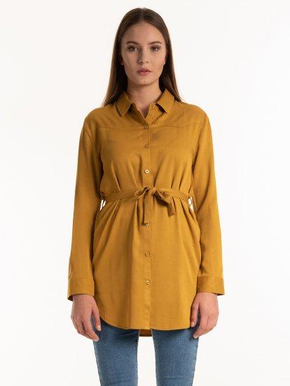 Przedłużana bluzka z wiskozy