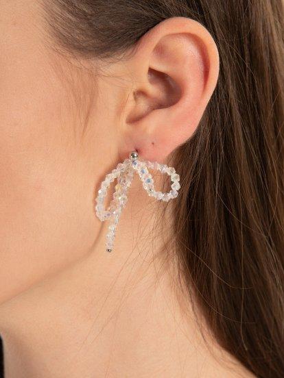 Bow beaded earrings