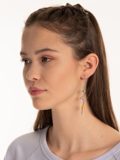 Long earrings with flower pendants