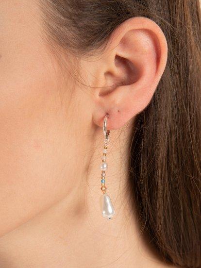 Drop earrings with faux pearls