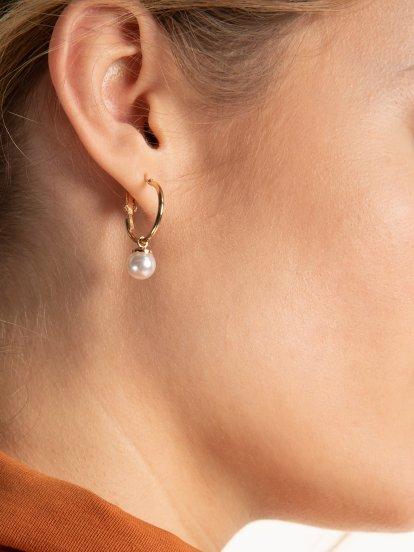 9 pairs of earrings