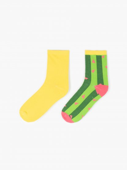 Sada dvou párů ponožek
