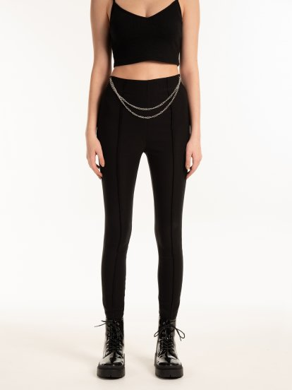 Elastic pants with chain