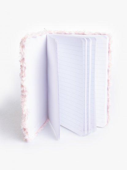 Zápisník s kožušinovou doskou