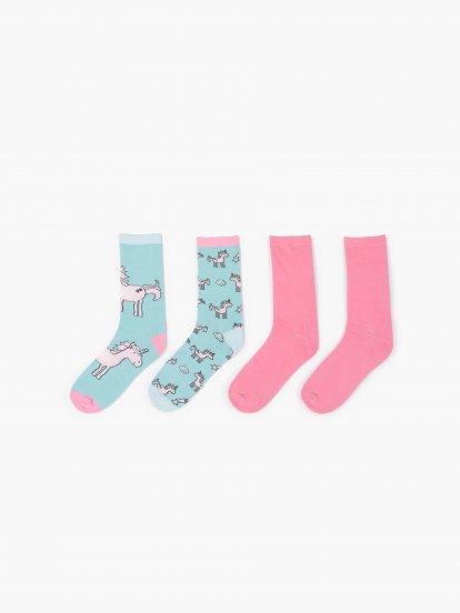 Sada dvoch párov ponožiek