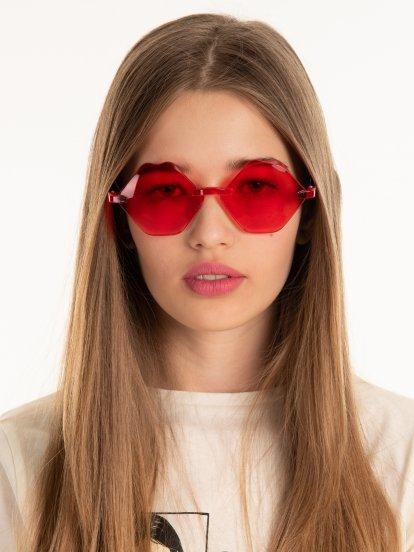Sluneční brýle ve tvaru rtů