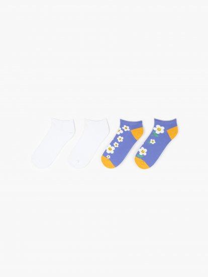 Dva páry ponožiek