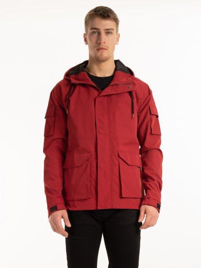 Přechodná bunda s kapucí