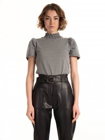Houndstooth top with high collar