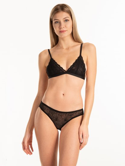 Unlined lace bralette