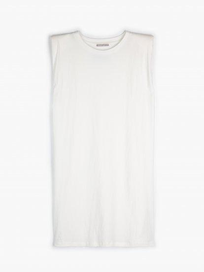 Tričkové šaty s vycpávkami