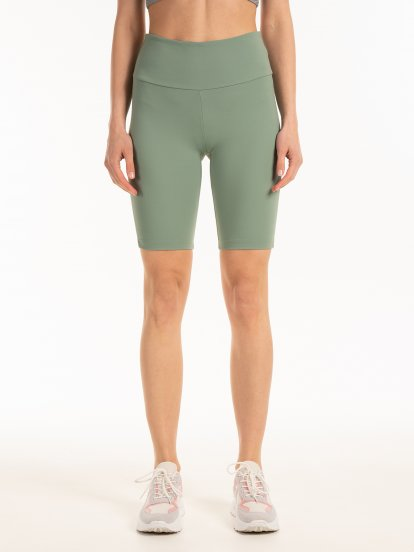 Cycling shorts with lycra