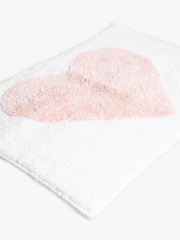 Heart design bath mat