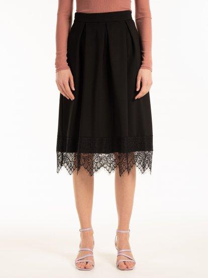 Áčková sukňa s čipkou