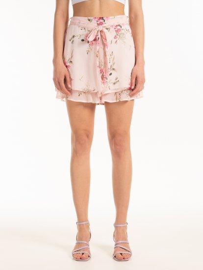 Šifonové šortky s kvetovaným potiskem