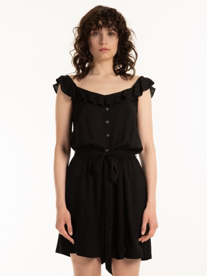 Short jumpsuit with ruffle