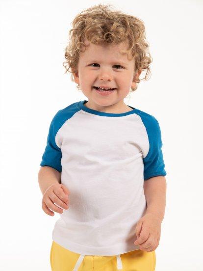 Cotton t-shirt with raglan sleeve
