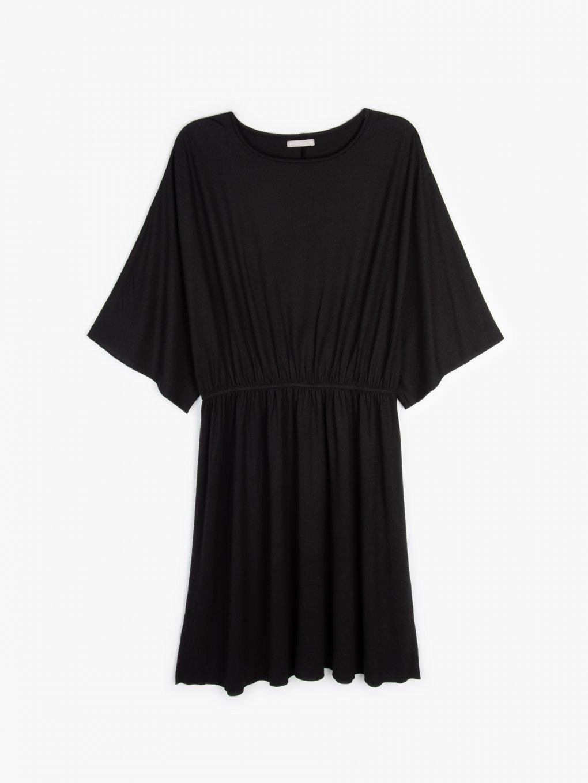 Šaty s raglánovým rukávom