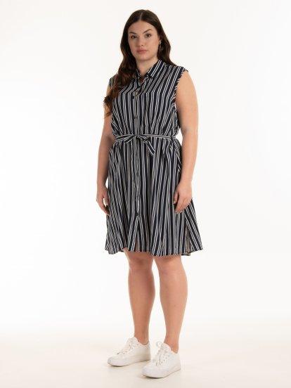 Pásikované šaty s opaskom