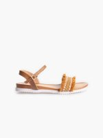 Sandals with tassels