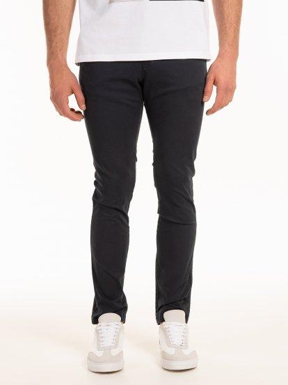 Strečové chino nohavice