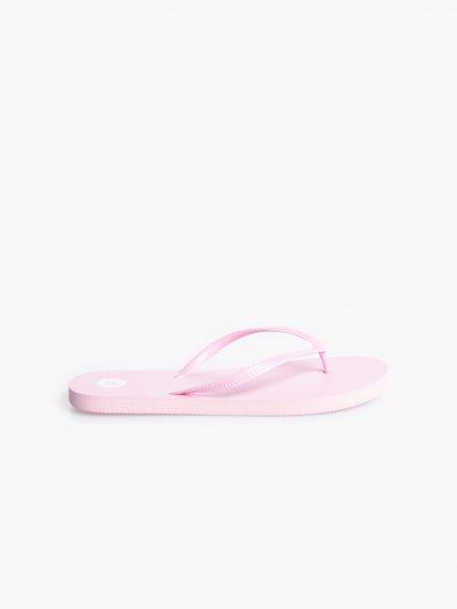 Plážové pantofle