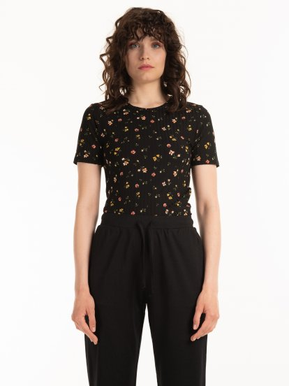 Ribbed floral top