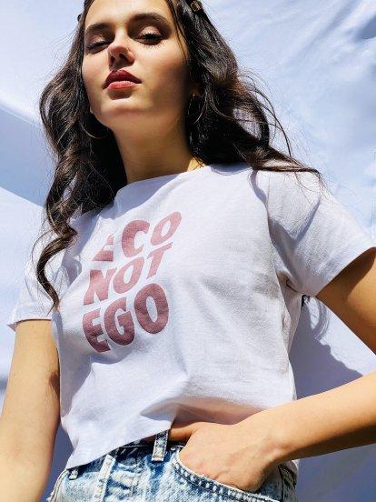 Krátké tričko z organické bavlny s nápisem