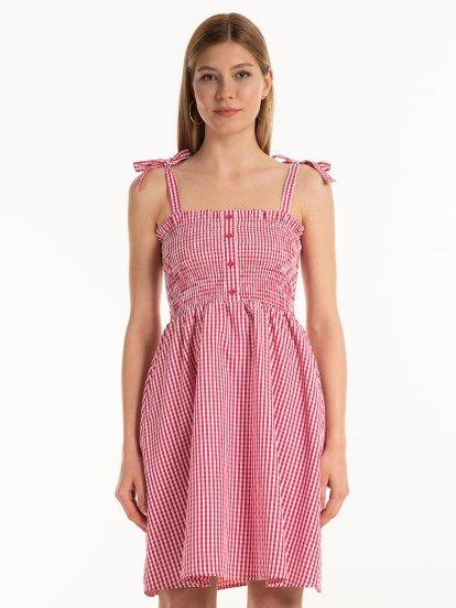 Kostkované šaty na ramínka