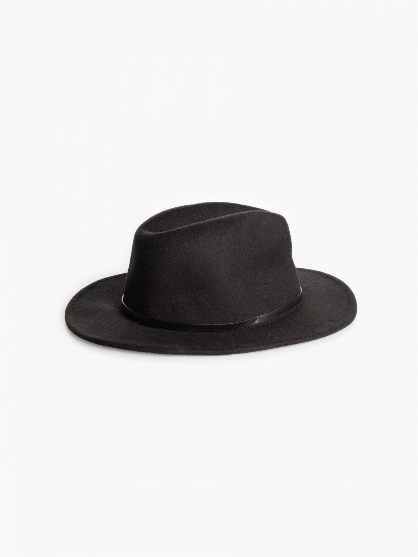 Pletený klobouk fedora