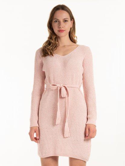 Žinylkové šaty s páskem