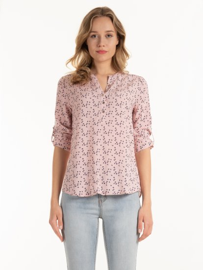 Viscose blouse with roll- up sleeves