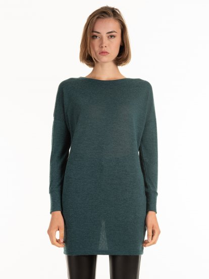 Longline sweater with pockets