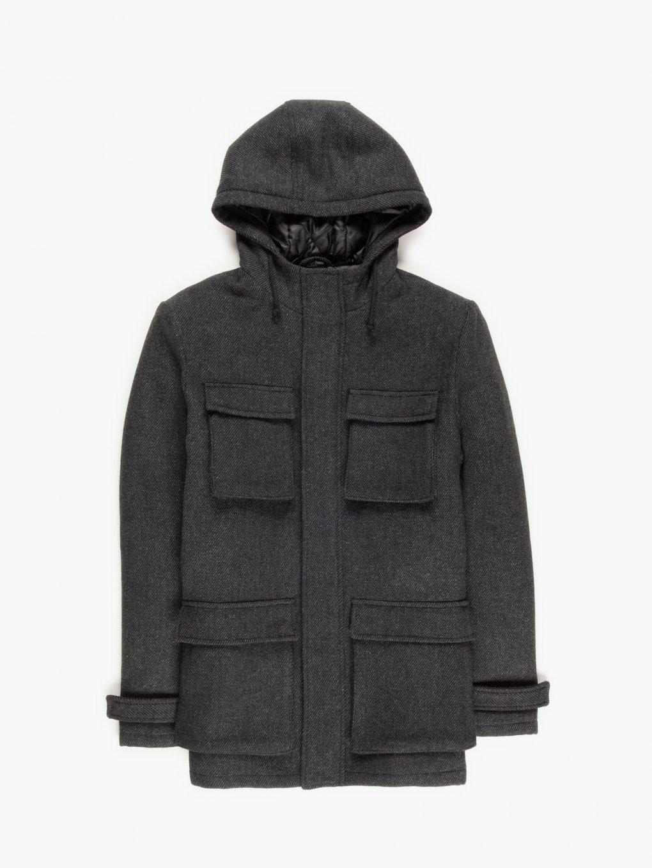 Płaszcz z kapturem i kieszeniami