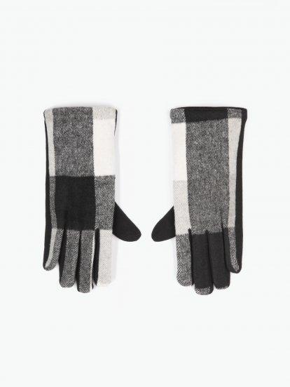 Kárované rukavice