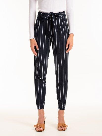 Proužkované kalhoty s páskem