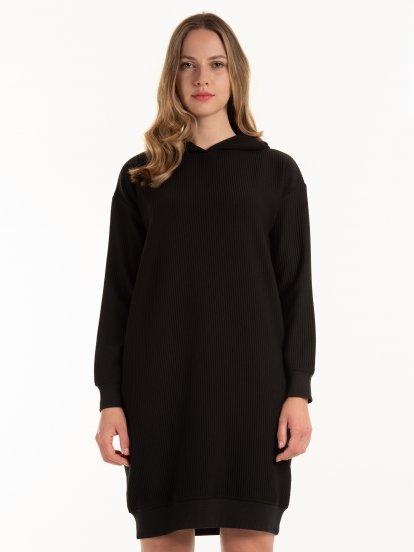 Rebrované mikinové šaty s kapucňou