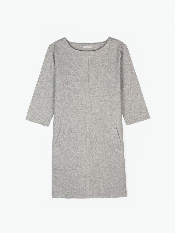 Pouzdrové šaty s kapsami