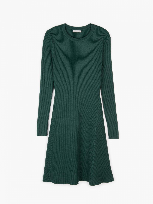 Žebrované šaty