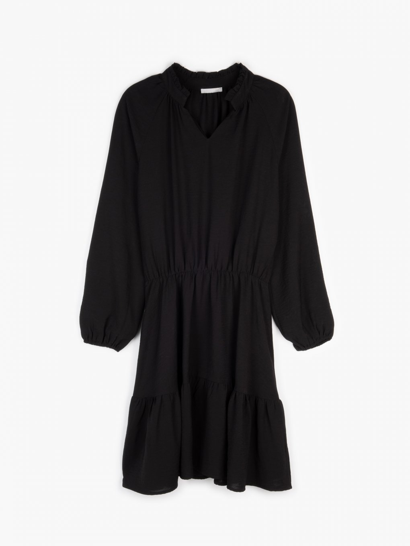 Dress with ruffle