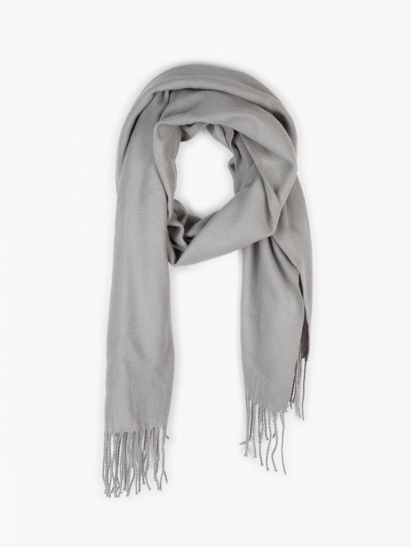 Basic scarf with tassels