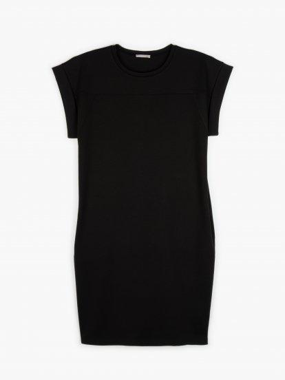 Tričkové šaty s kapsami