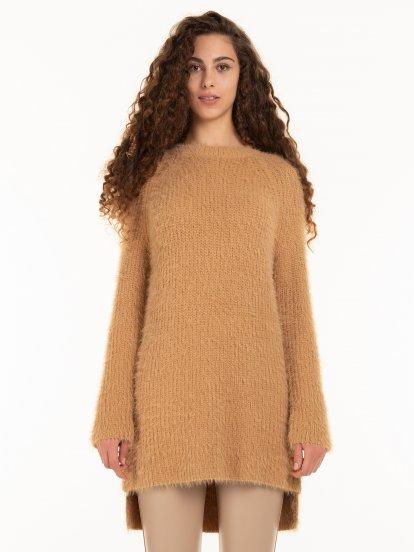 Fluffy pullover