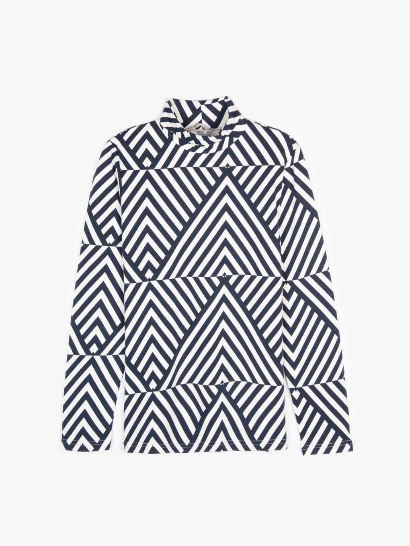 Soft rollneck with geometric print