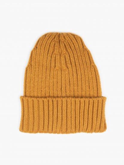 Basic ribbed cap