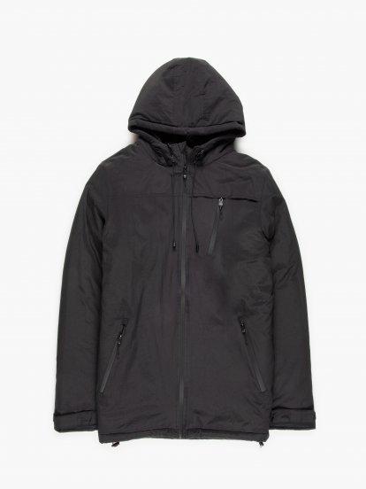 Vycpávaná bunda s kapucí