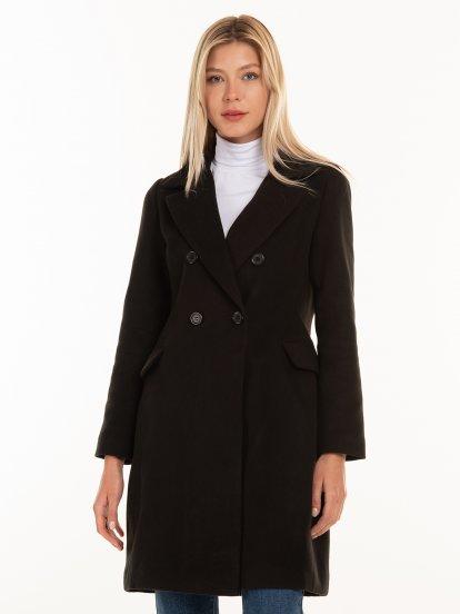 Základný kabát s dvojradovým zapínaním